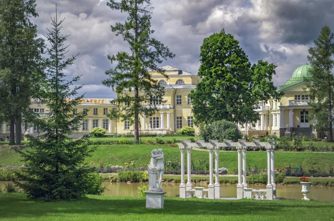Дворцово-парковый ансамбль «Усадьба Марьино»