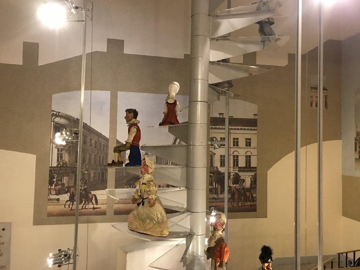 Выставка «100 лет театру Деммени. Впервые вРоссии иЕвропе»