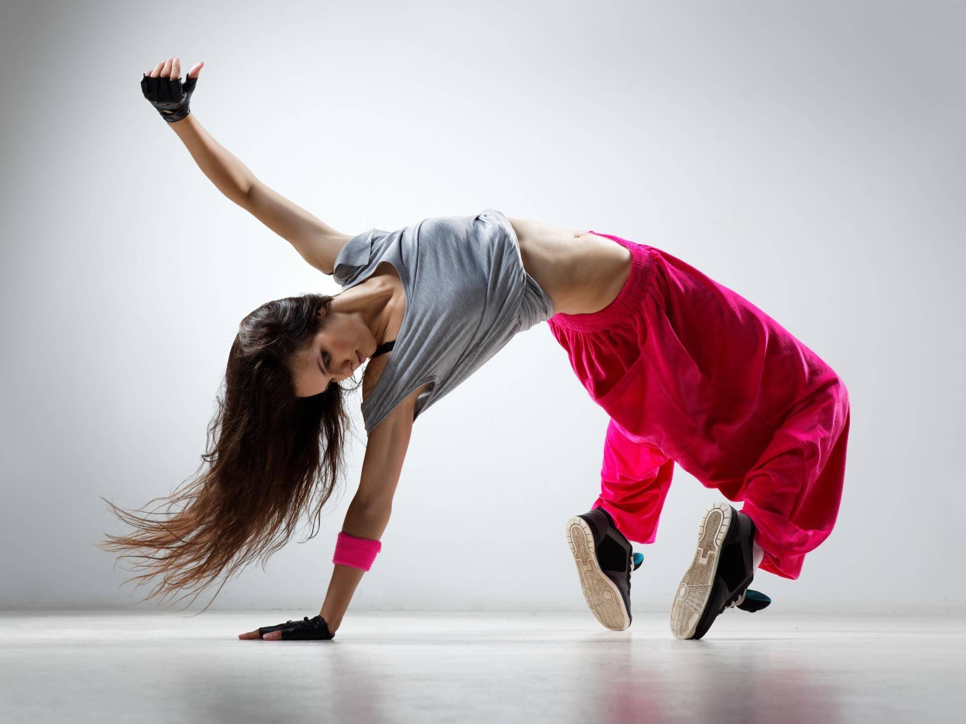 Фестиваль «Современный танец. 25 лет вПетербурге»