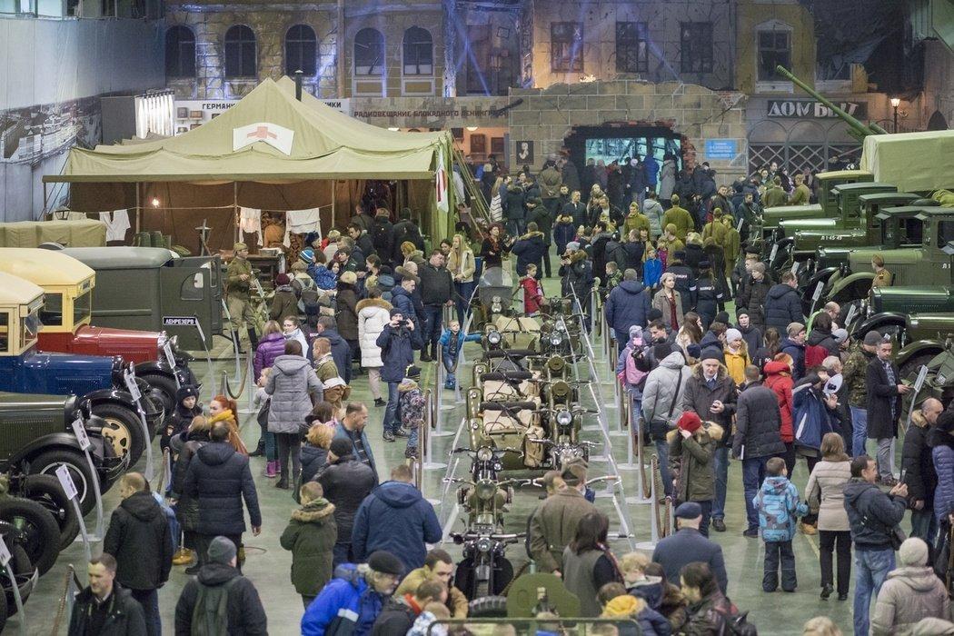 Выставка к75-летию полного освобождения Ленинграда