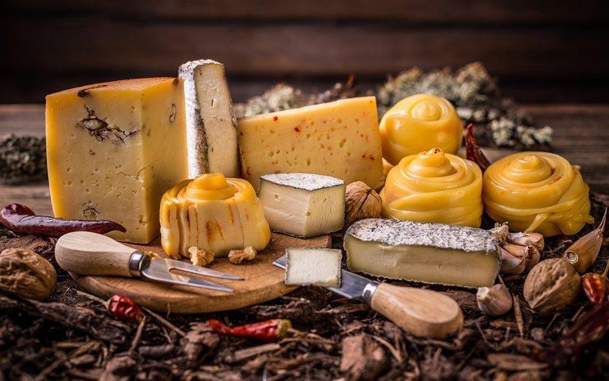 Ярмарка крафтового сыра «СырДвор: Италия насырной тарелке»