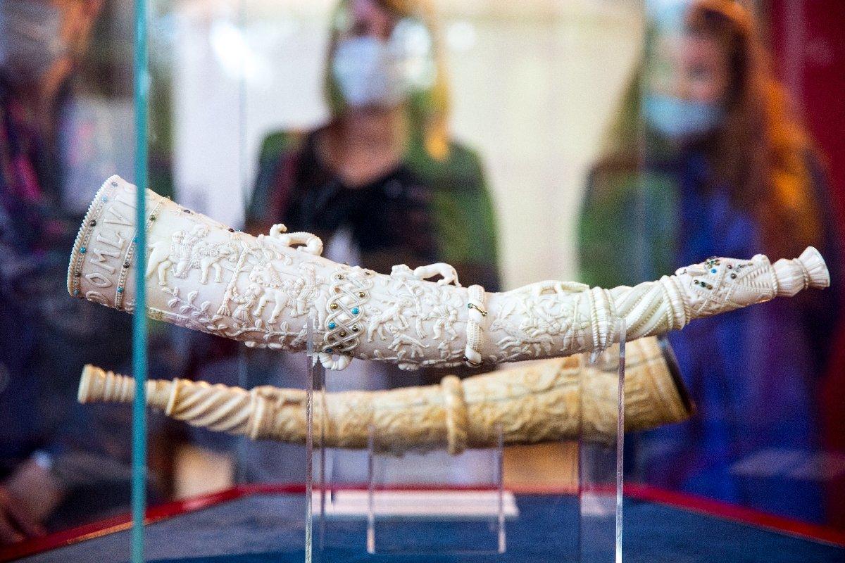 Выставка «Рыцарские олифанты изсобрания Государственного Эрмитажа»