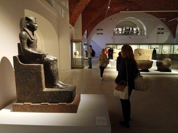 Выставка «Нефертари идолина цариц. Изколлекции Египетского музея вТурине»
