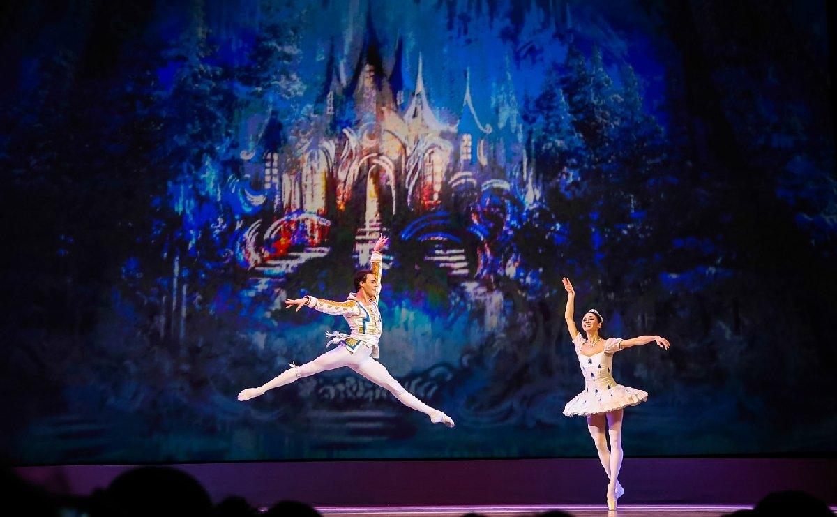 Гала-концерт оперы ибалета «Рождественский карнавал»