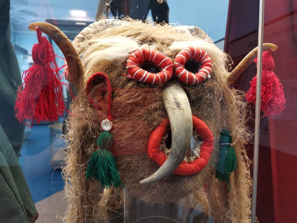 Выставка «Маски: грани традиции»