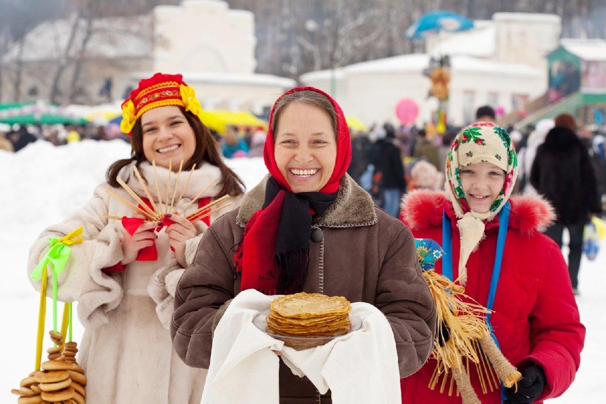 Праздник Масленицы наМосковской площади 2018