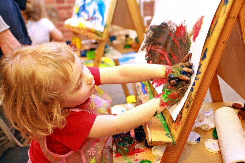 Семейный фестиваль «Краски детства» 2017