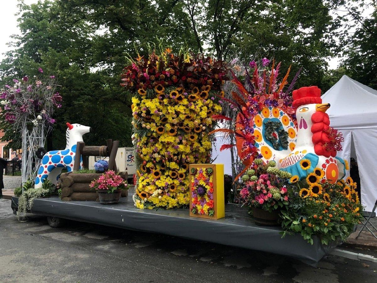 Фестиваль цветов вСанкт-Петербурге 2020