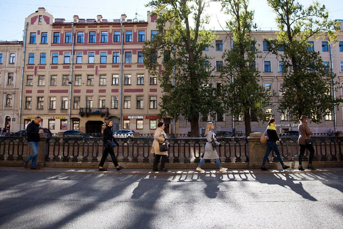 Спектакль-прогулка «Осень. Город Достоевского. 730 шагов сРодионом Раскольниковым»