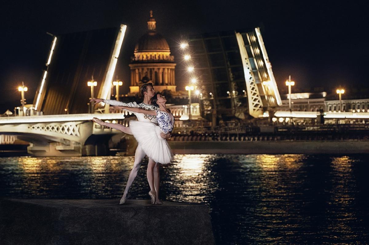 Выставка «Грация Петербурга»