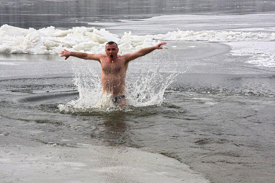 Международный заплыв «Возрождение традиции зимнего плавания вСанкт-Петербурге» 2017