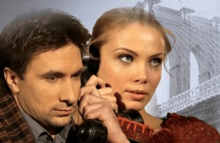 Cпектакль «Двое накачелях» вДК Выборгский