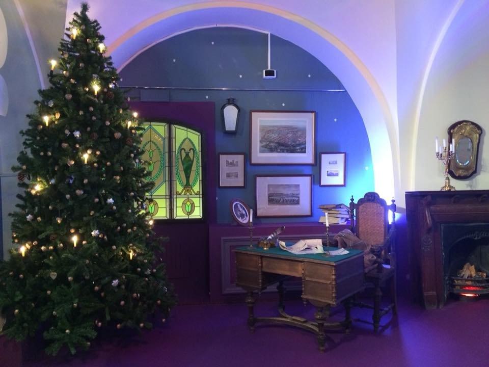 Выставка «Новогодний остров»