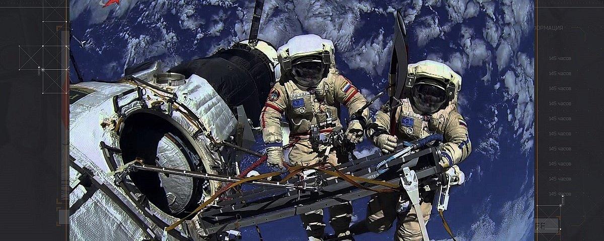 Выставка «Музею космонавтики 45 лет»