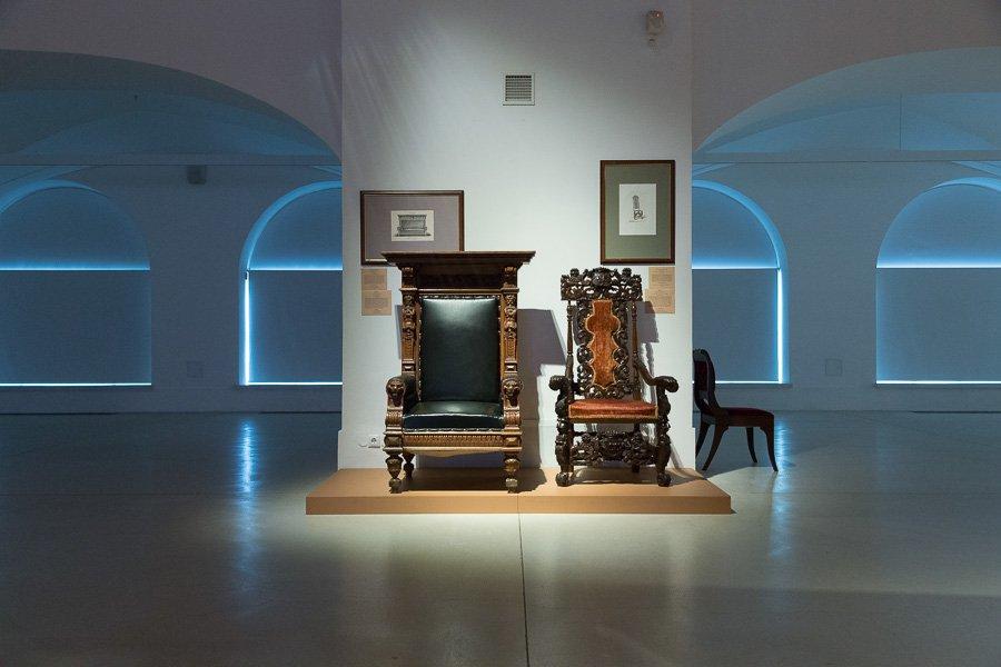 """Выставка «""""Мебель для всех причуд тела"""". Эпоха историзма вРоссии»"""