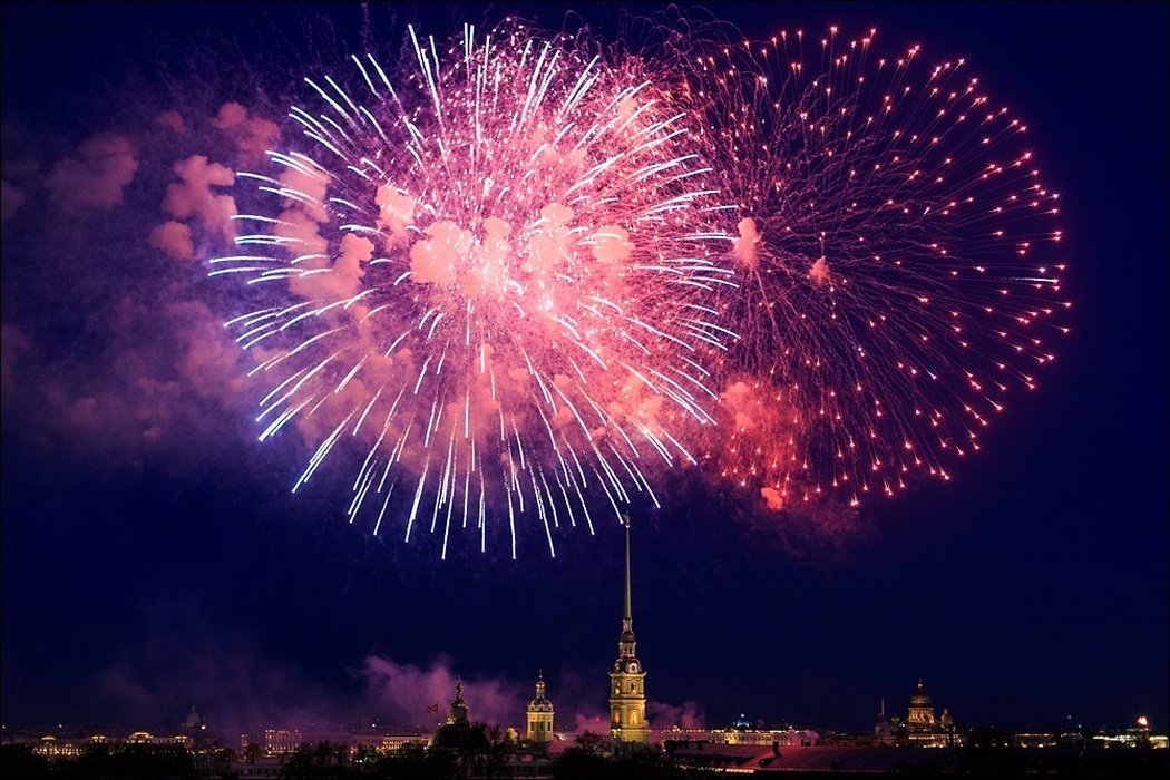 Салют вСанкт-Петербурге вчесть Дня защитника Отечества 2018