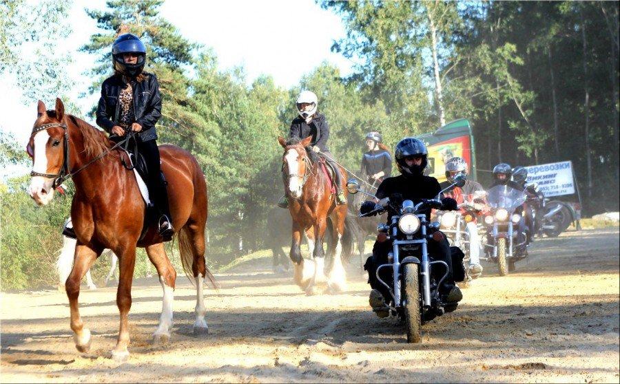 Мото-конное шоу «Неизведанные миры»