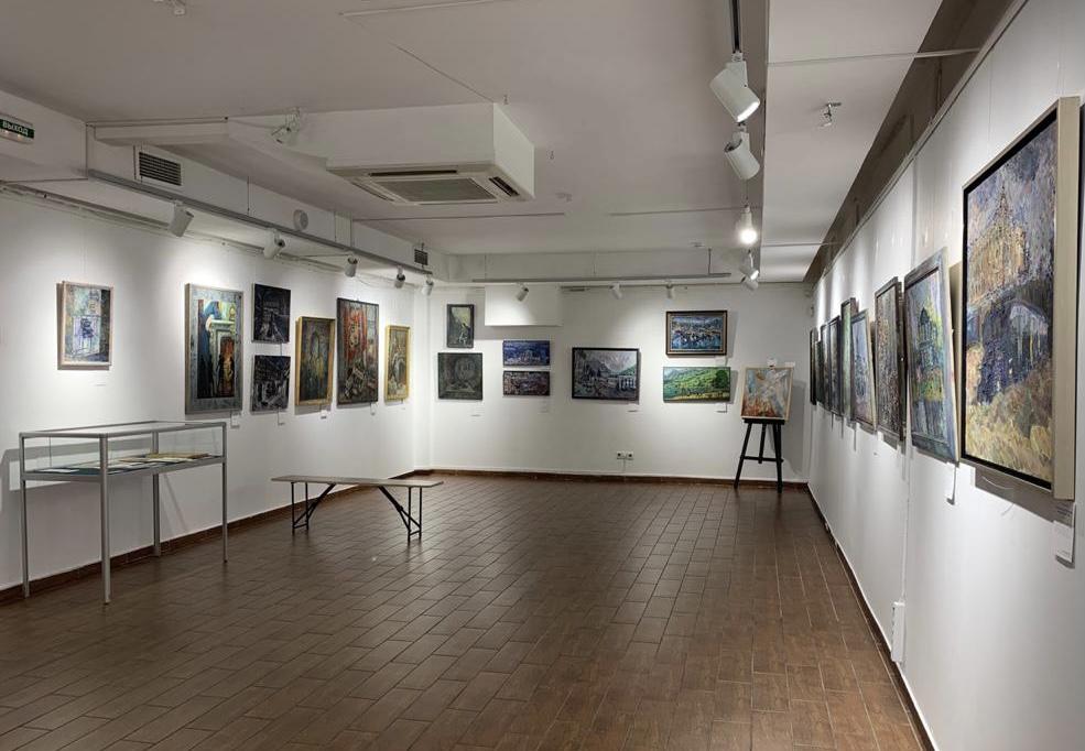 Выставка «Достоевский: судьба, герои, образы»