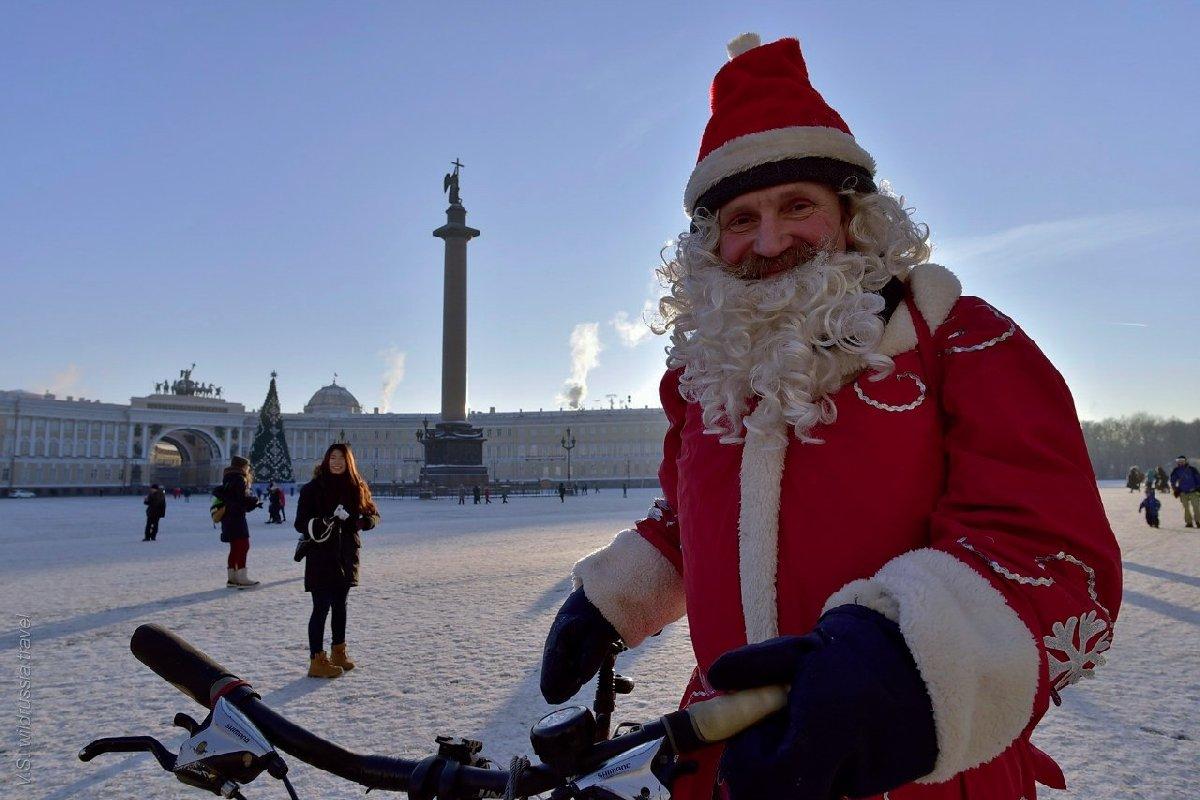 Велопарад Дедов Морозов иСнегурочек 2018