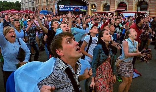 Прямые трансляции матчей Кубка Конфедераций FIFA 2017 наКонюшенной площади