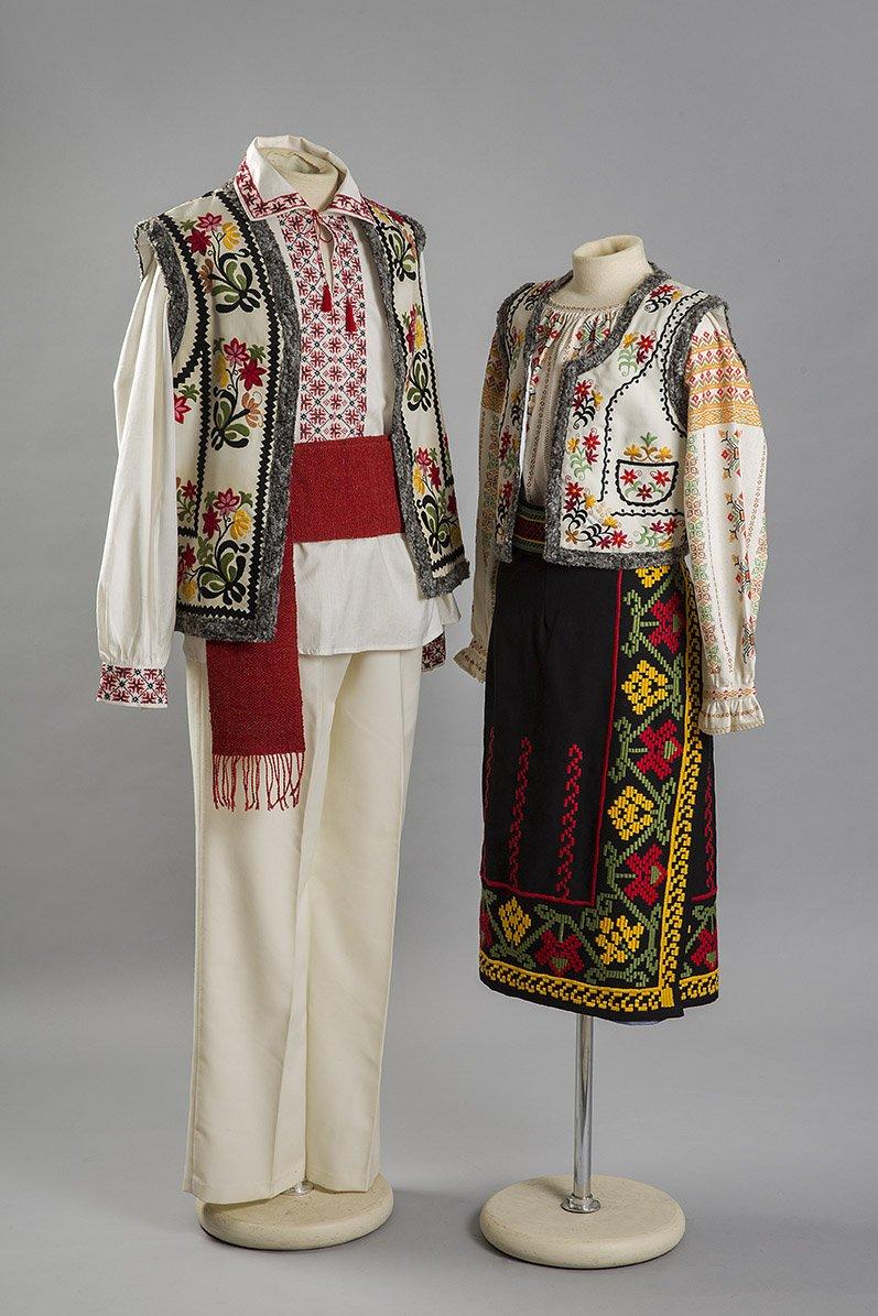 Выставка «Традиция имода: национальный костюм народов страны Советов»