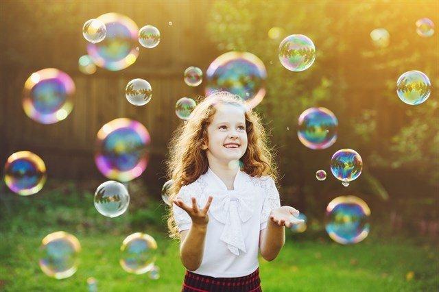 Фестиваль мыльных пузырей впарке Сказок
