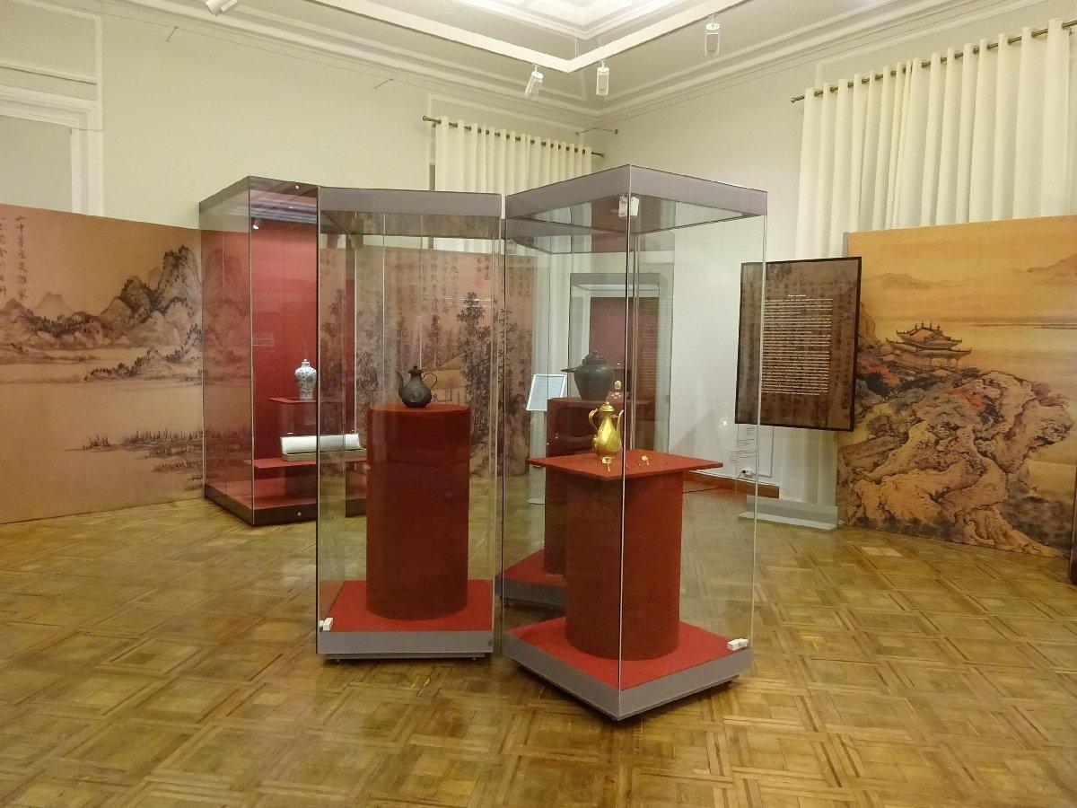 Выставка «Императорский вкус: искусство при дворах князей императорской крови Китая вXV веке»