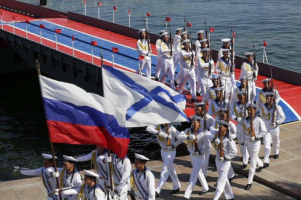 Выставка «Военно-морской флот России. Внебе, наводе ипод водой»